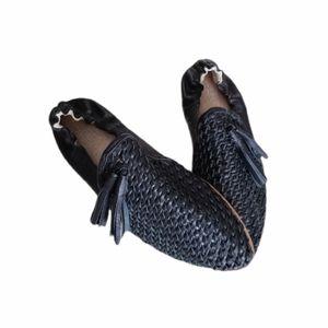 BIRD OF FLIGHT Black Tassel Leather Trance Loafer